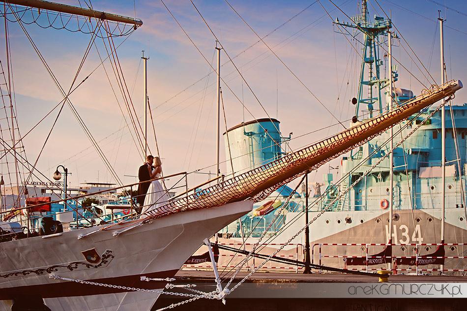 sesja na statku fotograf ślubny Gdynia