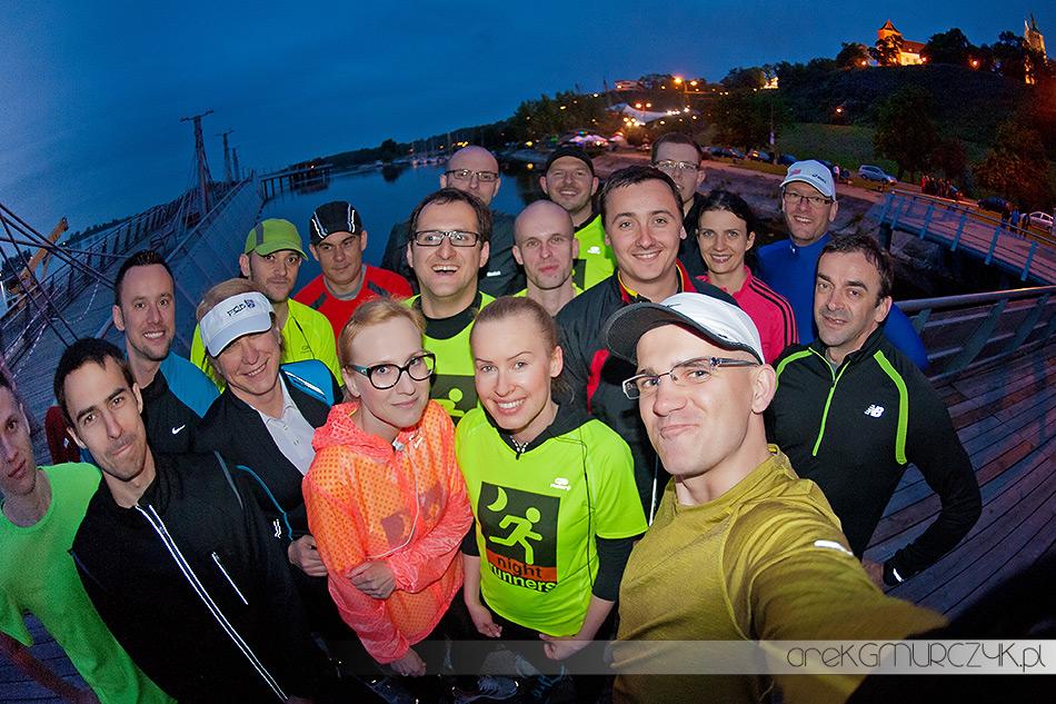 Night Runners Płock nocne bieganie w Płocku