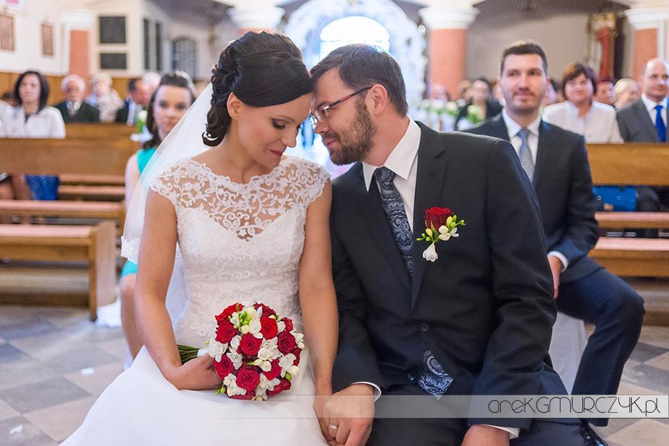 Ewa i Mariusz ślub w Parafii Wniebowzięcia Najświętszej Maryi Panny w Bodzanowie