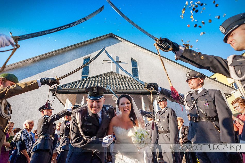 szpaler na ślubie wojskowym