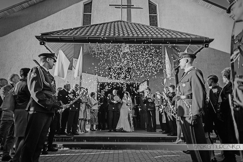 zdjęcia ze ślubu wojskowego