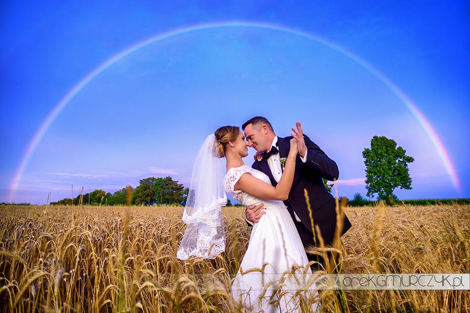 sesja ślubna z tęczą