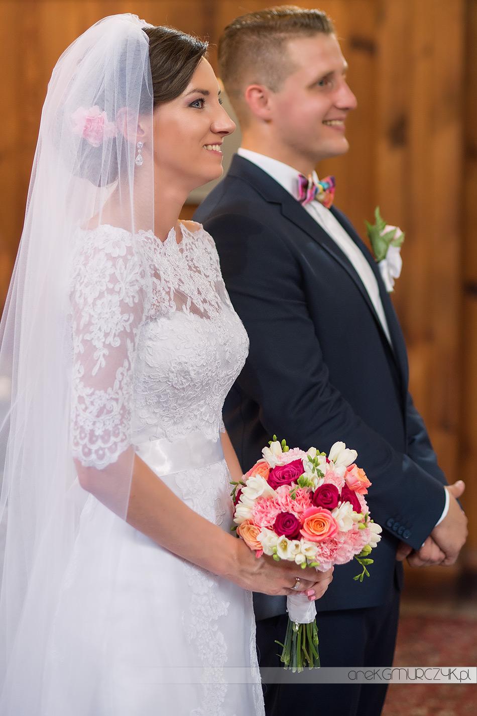 Ewa i Mariusz ślub w Kościele Jana Chrzciciela w Rębowie