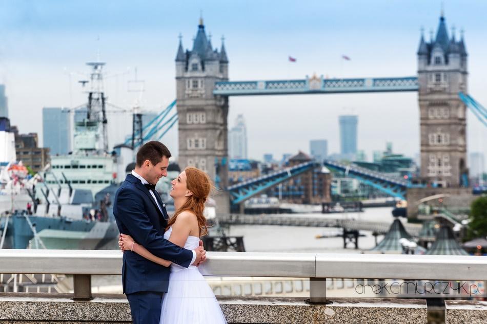 Tower Bridge-sesja ślubna