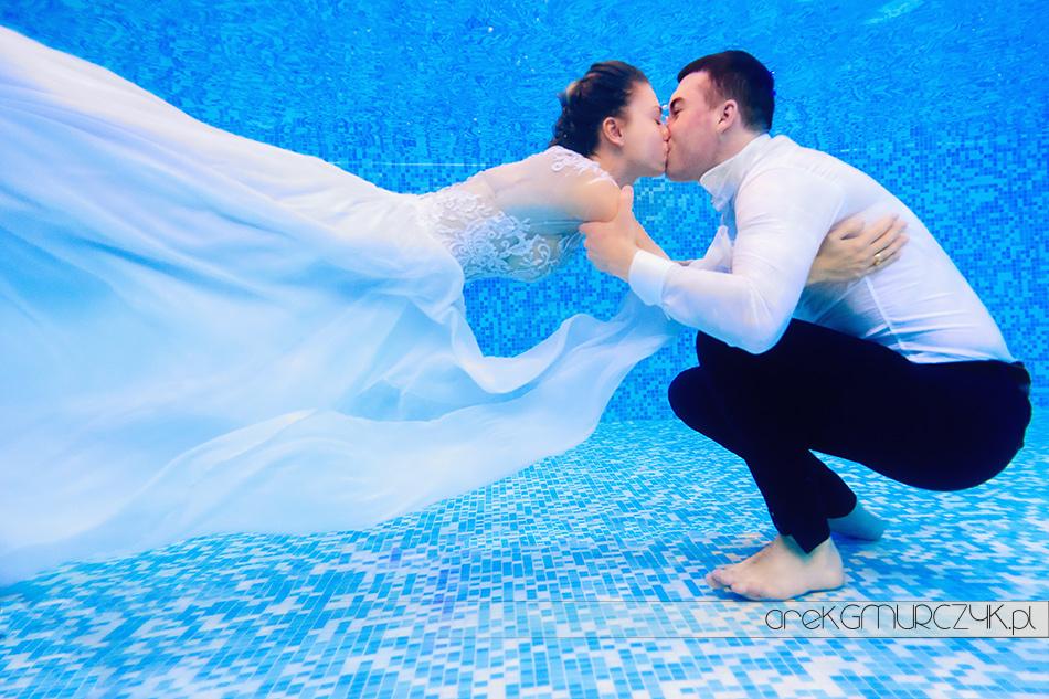 zdjęcia ślubne pod wodą