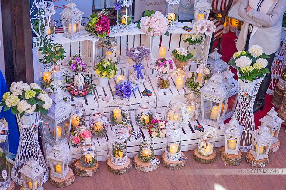 dekoracje kwiatowe na ślub 2018