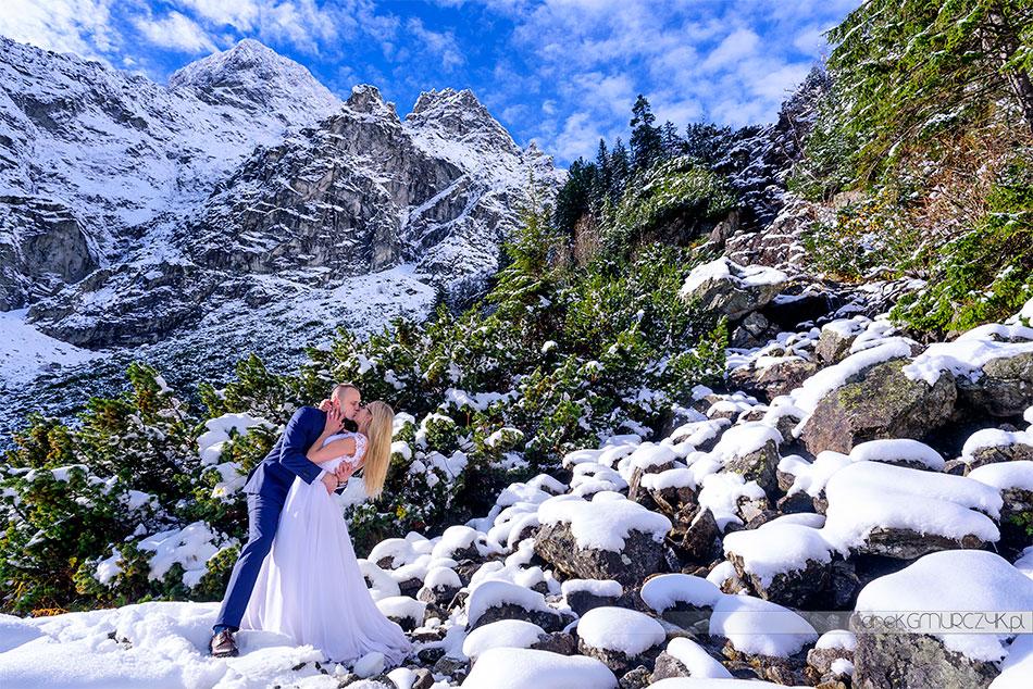 plener ślubny w górach zimą