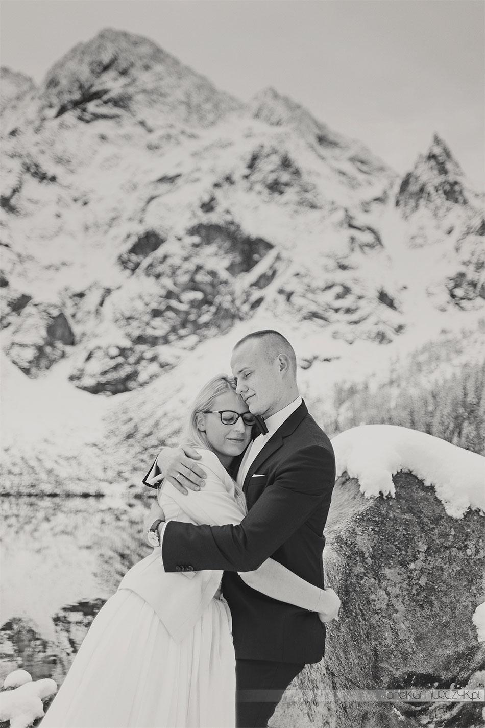 zimowy plener ślubny nad Morskim Okiem