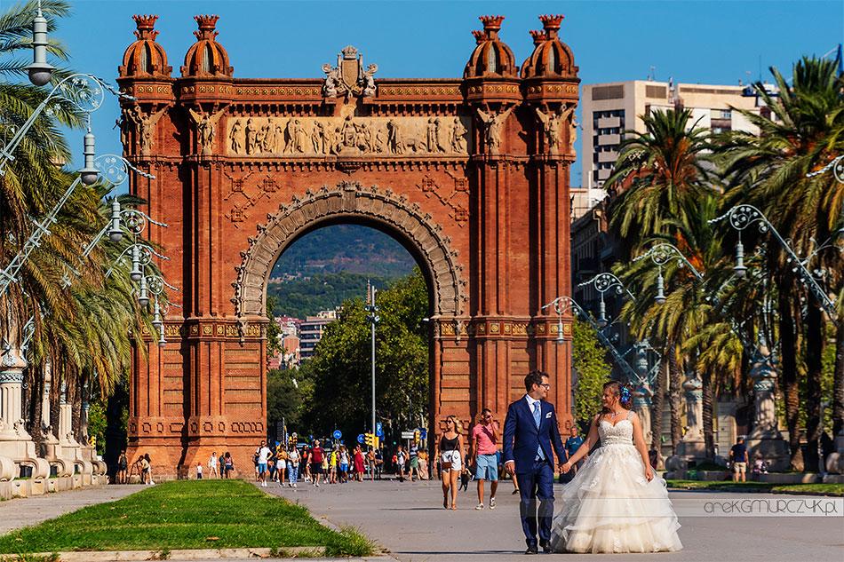 Łuk Triumfalny w Barcelonie plener ślubny